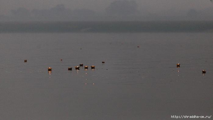 India Varanasi 2014 (1) (700x393, 163Kb)