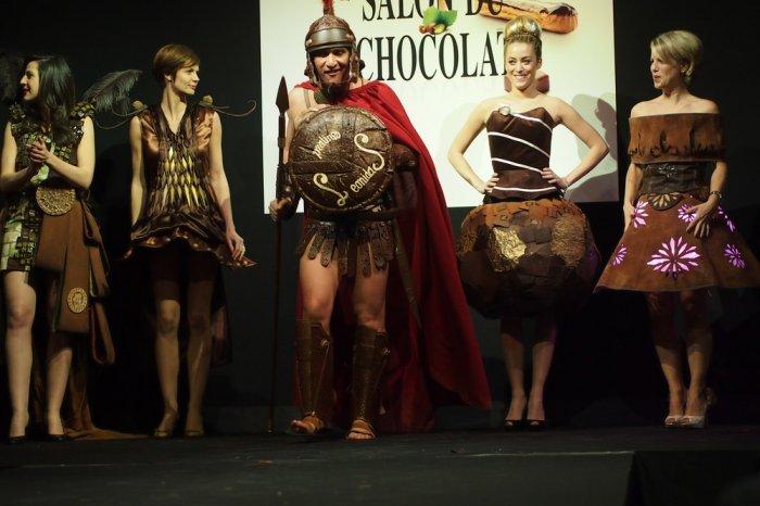 Salon du Chocolat шоколадная мода в брюсселе (700x466, 238Kb)