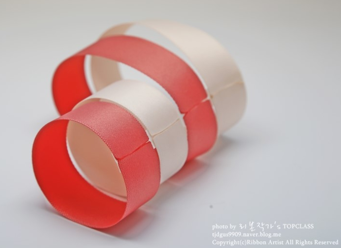 Бантик из лент для украшения заколки. Мастер-класс (4) (700x508, 197Kb)