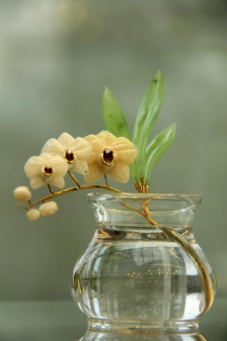 Орхидея Фаленопсис_ кахалонг, нефрит, горный хрусталь, циркон. (466x700, 247Kb)