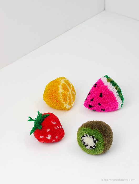 fruit-pom-poms-tutorial (529x700, 133Kb)