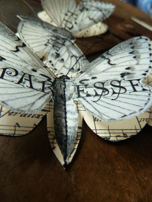 Бабочки из журнальных страниц (3) (525x700, 392Kb)