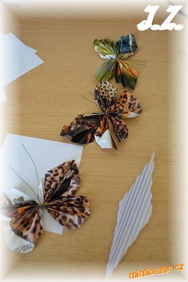 Бабочки из журнальных страниц (26) (369x553, 138Kb)