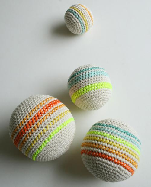 Связать мячи крючком