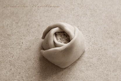 Дрожжевые сырные розочки. Рецепт красивой выпечки (6) (415x276, 53Kb)