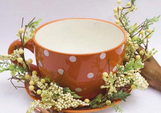 Кролик в чашке. Идеи пасхальных композиций (1) (563x397, 412Kb)