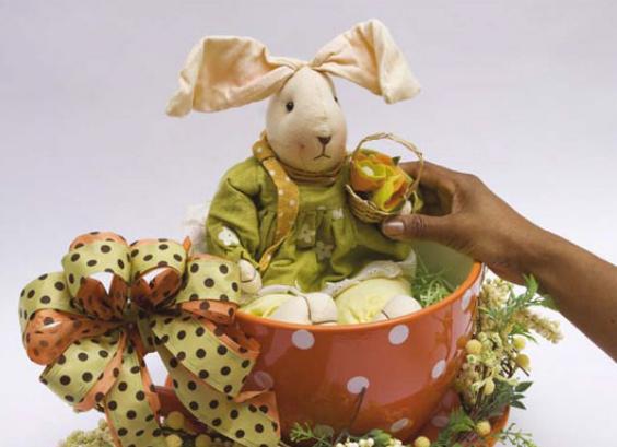 Кролик в чашке. Идеи пасхальных композиций (5) (564x409, 404Kb)