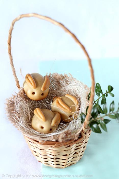 пасхальные кролики с марципаном (4) (466x700, 304Kb)