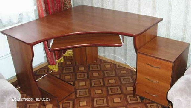 Компьютерные столы... это еще актуально ?. обсуждение на liv.