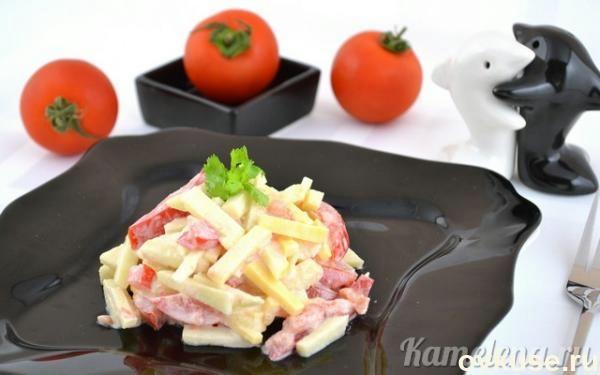 Салат из помидора, сыра и яблока1 (600x375, 71Kb)