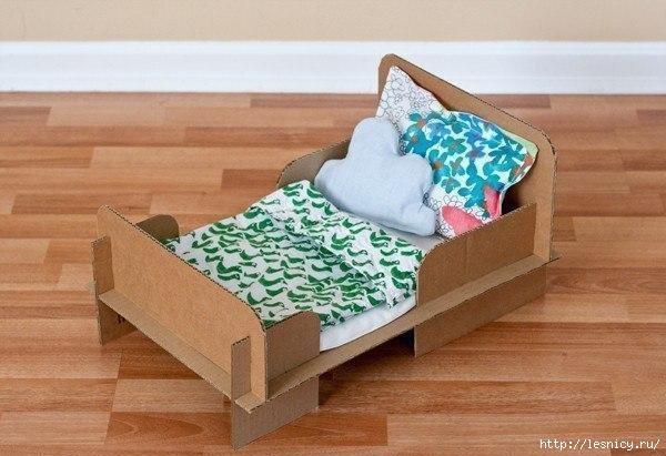 Кукольная кроватка своими руками