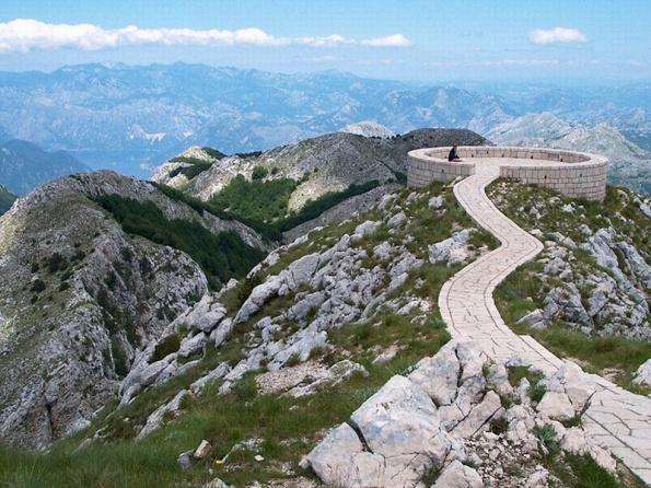 Страна Черных гор - Черногория (7) (595x446, 336Kb)
