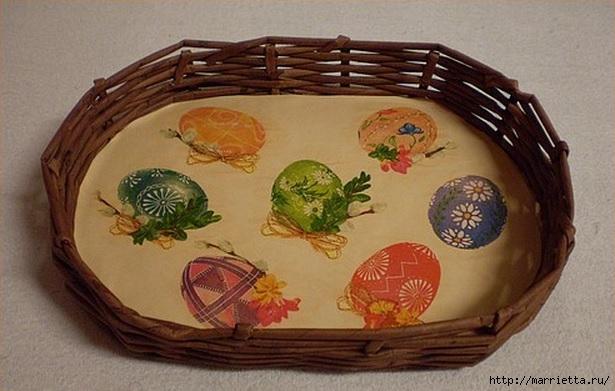 Плетение из газет. Корзинка для пасхальных яиц. Мастер-класс (7) (615x391, 153Kb)