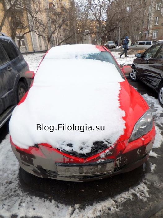 Машина в снегу. Фото машин, занесенных снегом./3241858_1903_17 (525x700, 199Kb)