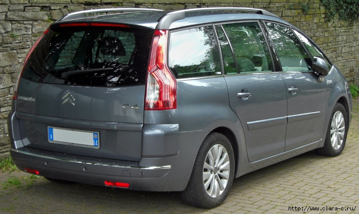 CitroГ«n_C4_Grand_Picasso_rear-1 (700x418, 259Kb)