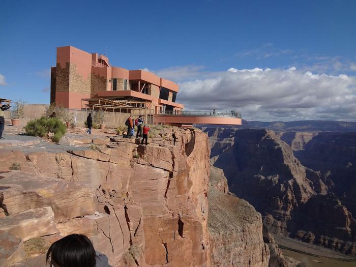 смотровая площадка в гранд каньоне фото 1 (700x525, 337Kb)