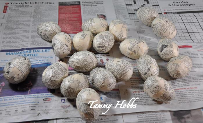 Винтажная елочка - топиарий с пасхальными яйцами (10) (700x425, 312Kb)