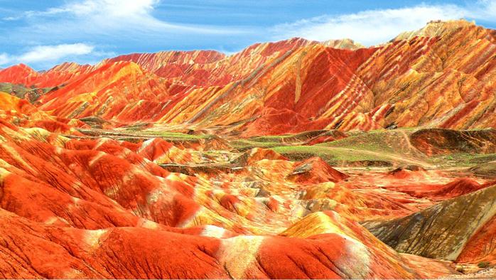 2.Китай, Цветные скалы (700x394, 478Kb)