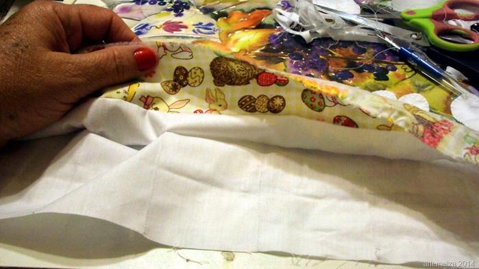 Текстильная корзинка из пасхальных зайцев. Мастер-класс (13) (700x393, 330Kb)