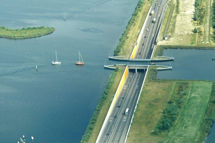Акведук Велувемеер фото 1 (700x466, 243Kb)