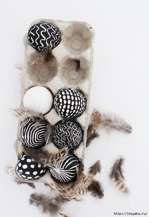 how-to-make-black-and-white-easter-eggs-decoration-modern-eggs (481x700, 207Kb)