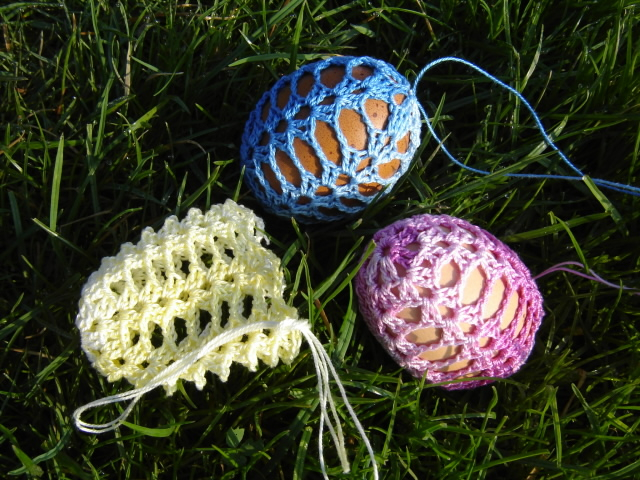 Пасхальные яйца ТЮЛЬПАНЫ. Вязание крючком (5) (640x480, 432Kb)