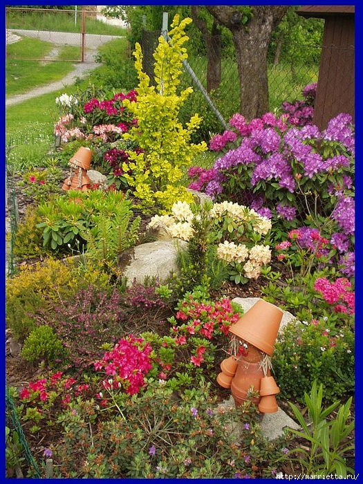 Для дачного участка. Человечки из цветочных горшочков (6) (525x700, 470Kb)
