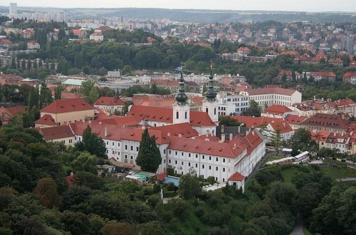 страговский монастырь (700x464, 323Kb)