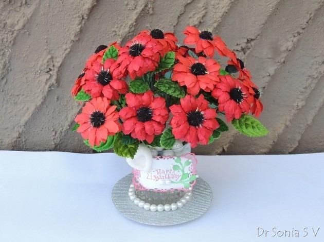 Букет красных цветов из бумаги (7) (630x472, 223Kb)
