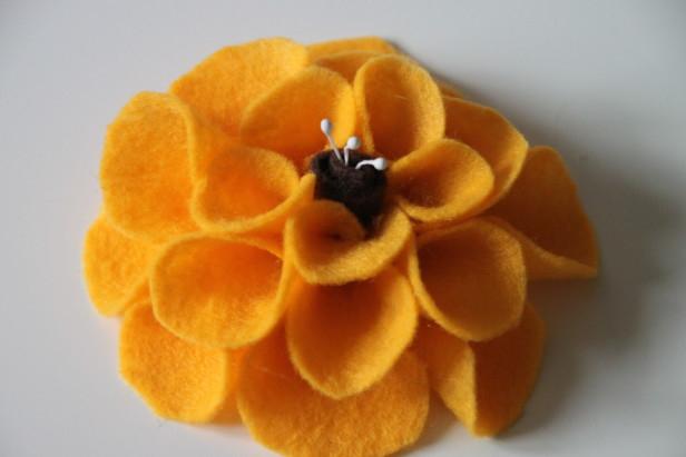 Цветы из фетра в украшении баночек (7) (616x411, 142Kb)