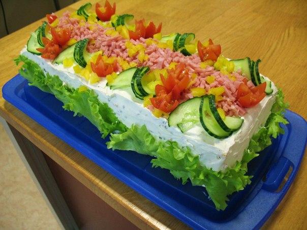 Скандинавский закусочный торт с фото