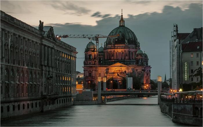 Вечер на Шпрее, Берлин (700x439, 211Kb)