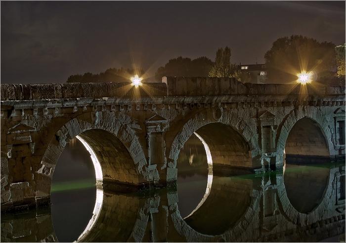 Мост Тиберия (700x491, 242Kb)