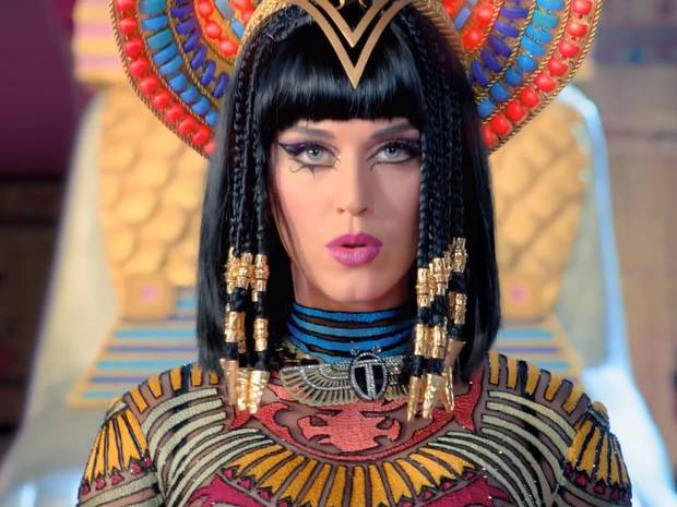 katy-perry-dark-horse-v2 (620x465, 47Kb)