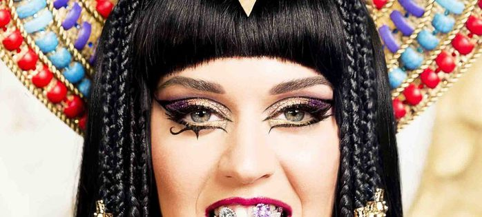 Katy-Perry-Dark-Horse1 (700x315, 51Kb)