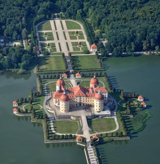 Moritzburg (682x700, 452Kb)