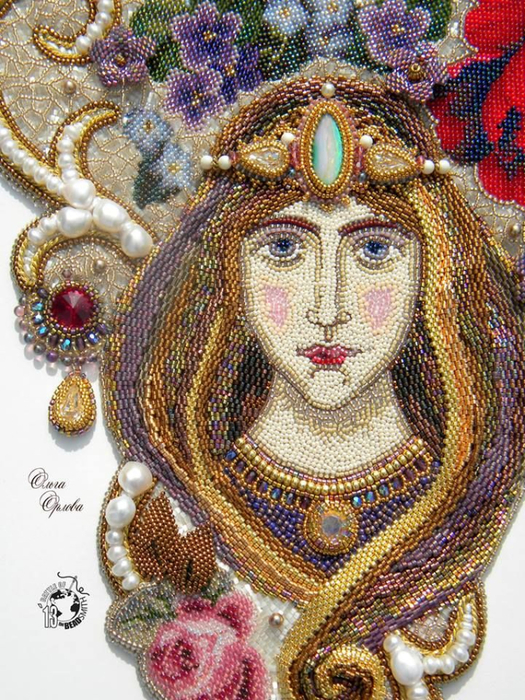 Olga Orlova - Queen Of The Garden made from beads... (525x700, 570Kb)