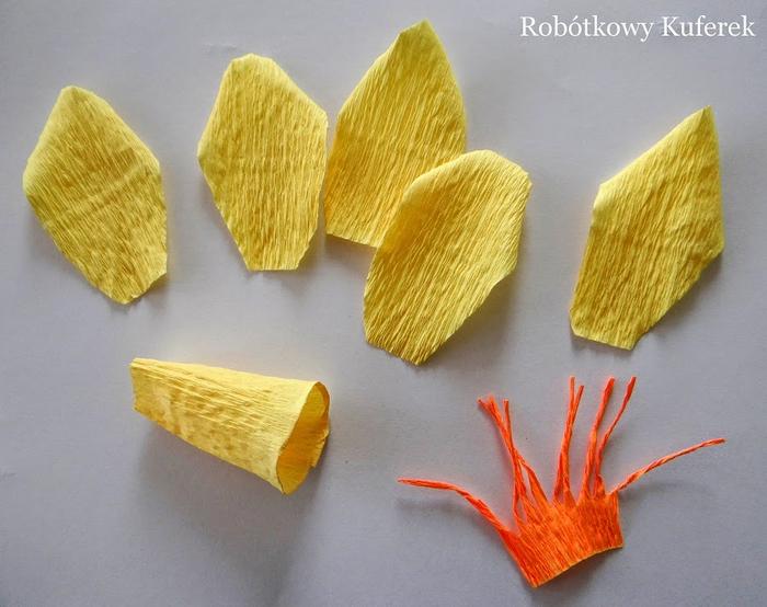 Пасхальная ВЕРБА. Декоративная композиция из веточек вербы и цветов из гофрированной бумаги (13) (700x554, 357Kb)