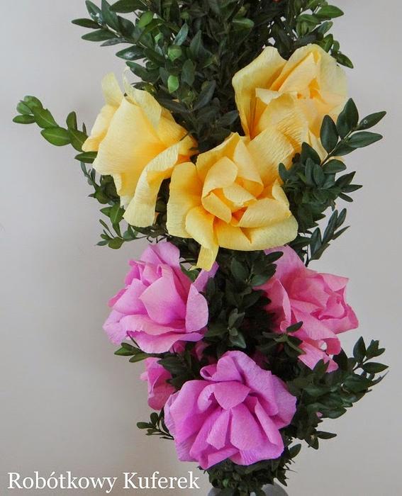 Пасхальная ВЕРБА. Декоративная композиция из веточек вербы и цветов из гофрированной бумаги (36) (567x700, 379Kb)