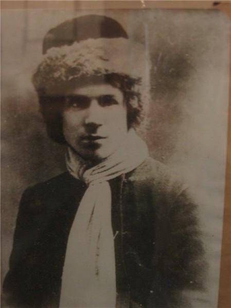 СЕРГЕЙ ЕСЕНИН. 30 марта 1916 г. Петроград (449x600, 38Kb)