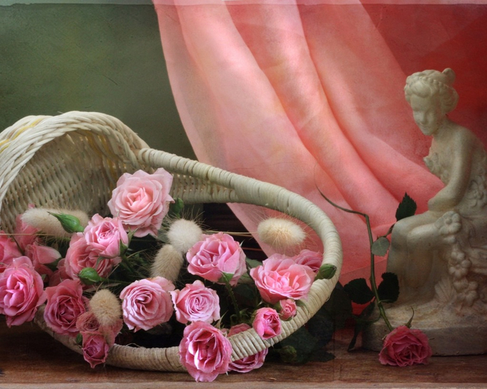 flowers_in_basket_05 (700x559, 399Kb)