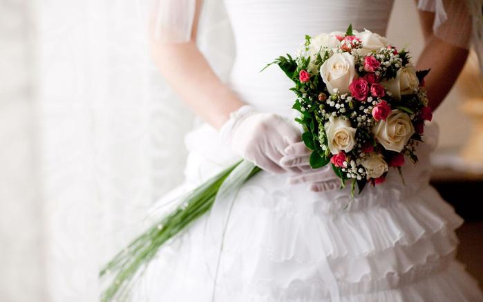 Букет невесты -  ароматное счастье для двоих (4) (700x437, 224Kb)