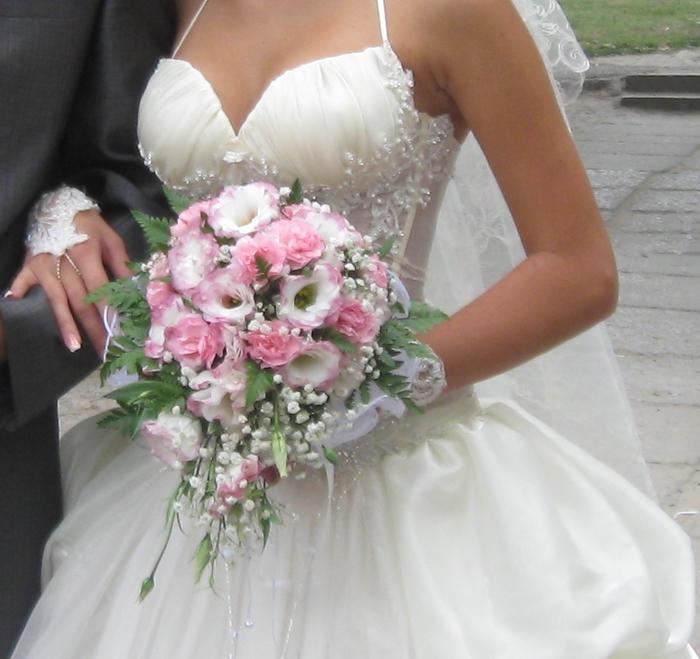 Букет невесты - ароматное счастье для двоих (6) (700x659, 401Kb)