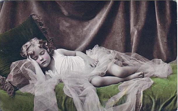3085196_sleepinggirl (610x380, 61Kb)