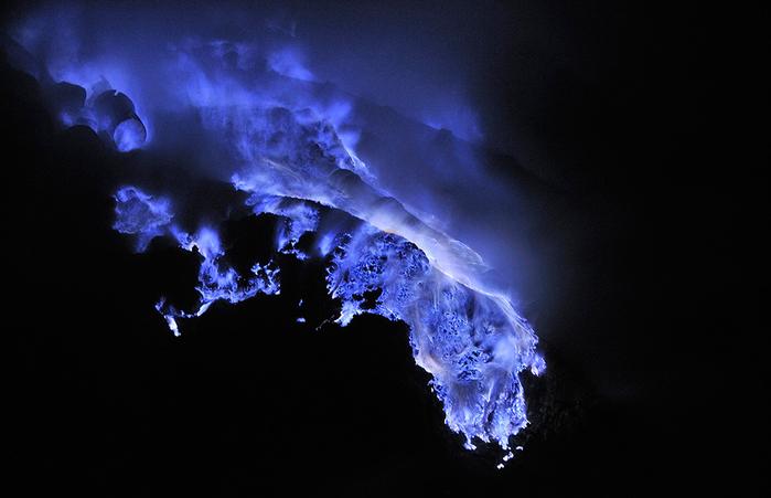 вулкан Кавах Иджен индонезия фото 1 (700x451, 231Kb)
