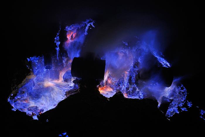 вулкан Кавах Иджен индонезия фото 2 (700x468, 272Kb)
