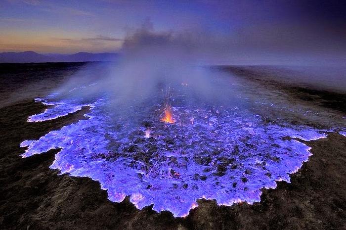вулкан Кавах Иджен индонезия фото 11 (700x465, 382Kb)