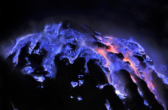 вулкан Кавах Иджен индонезия фото (700x459, 345Kb)