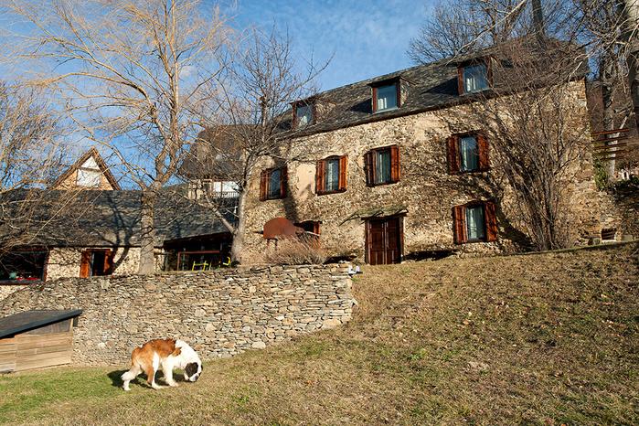 дом из камня фото 6 (700x466, 688Kb)