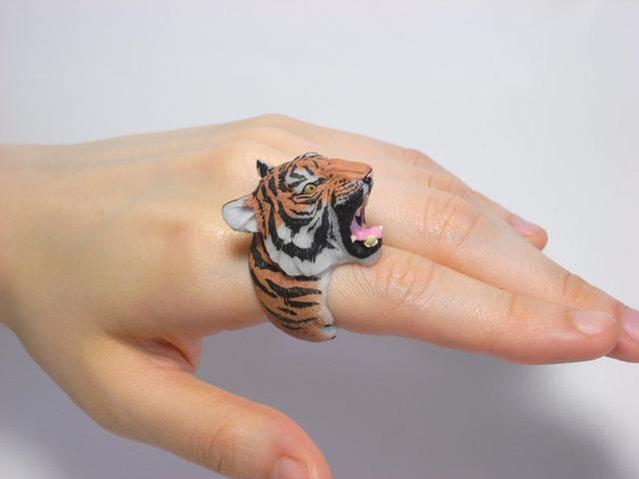 дизайнерские кольца из пластика 11 (639x479, 96Kb)